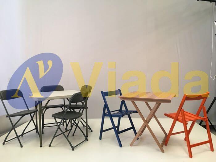 Mesas y sillas plegables para interior